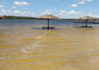Aguas limpias y trasparentes - Ecotur Laguna Blanca