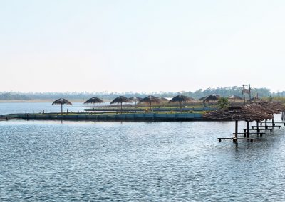Sombrillas de paja - Ecotur Laguna Blanca