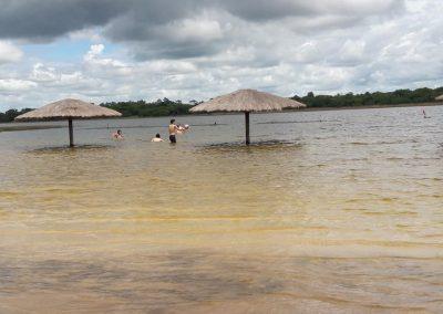 Niños jugando - Ecotur Laguna Blanca